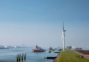 Eneco starts removal oldest turbines from Landtong Rozenburg Wind Farm