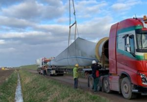 Removal old turbines Piet de Wit Wind Farm completed